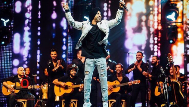 Diljit Dosanjh takes IIFA 2017 by storm